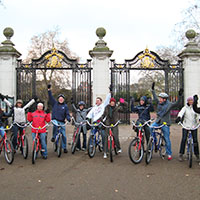 London's Monuments to Monarchy by Bike Tour