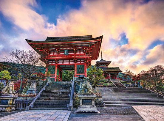 Kiyomizu-dera Temple Gate in Kyoto
